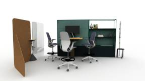 Open-plan space with Steelcase Flex Collection, Mackinac and SILQ Chairs perfect for presentations and team collaboration.
