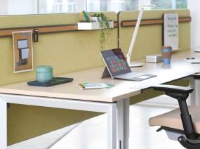 Steelcase frameone ergonomische schreibtische for Schreibtisch dreieckig