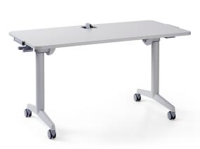 Rechteck Tisch Auf weißem Hintergrund