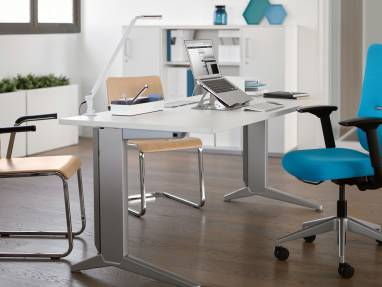 Fusion desk and Let's B chair