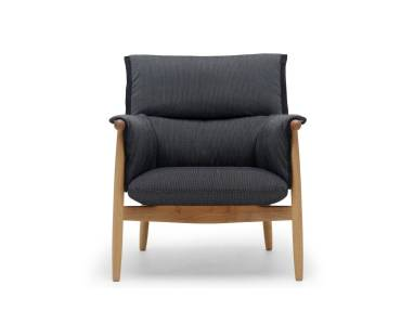 Embrace Lounge Chair CHE015