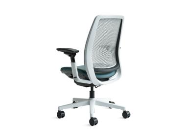 SC_Amia_Chair_2x