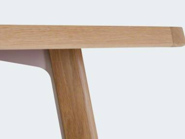 Close up to Verlay wooden table