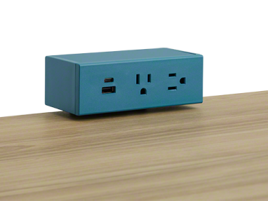 Powerstrip in blue