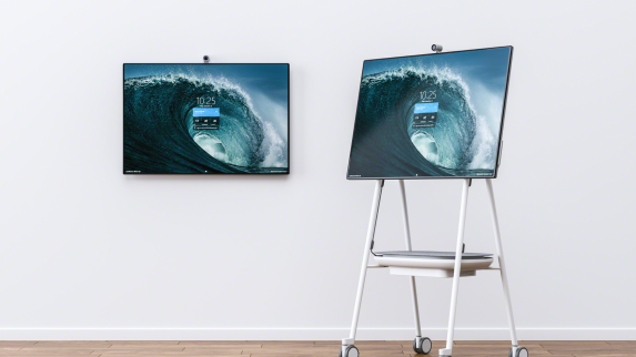 Surface Hub2 and Steelcase Roam