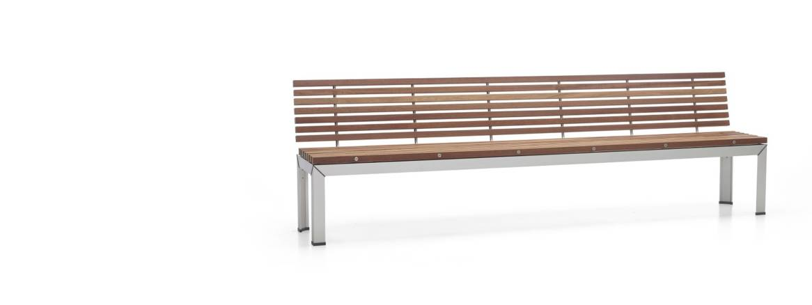 Extremis Extempore Bench with Back