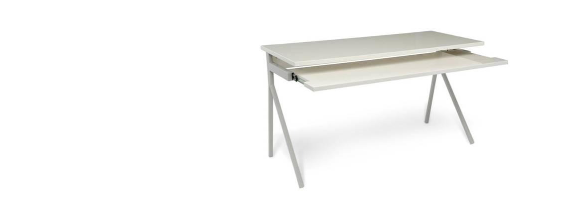 Desk 52 table