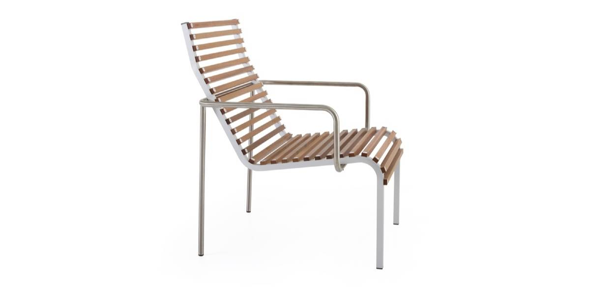 Extremis Extempore High Back Low Chair