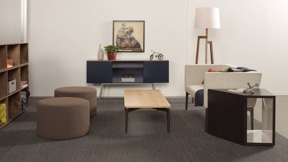 Bivi Lounge Application with Dark Blue Bivi Trunk and light grey Bivi Rumvle Seat