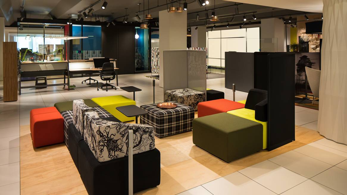 NeoCon 2017 setting of B-Free lounges of different colors and patterns, privacy screens around them-