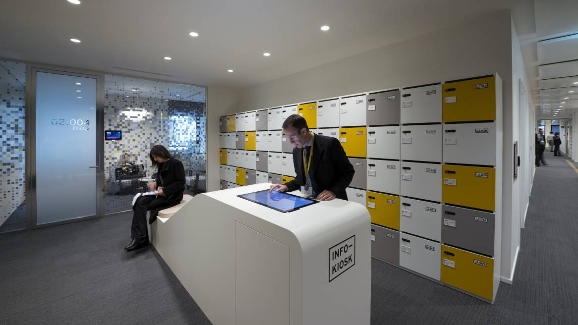 The new global work model at Ernst & Young - Steelcase