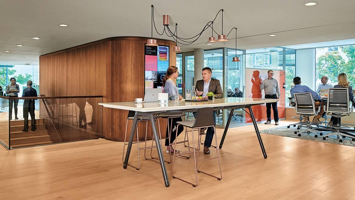 Bureaux d ateliers showroom areal concept