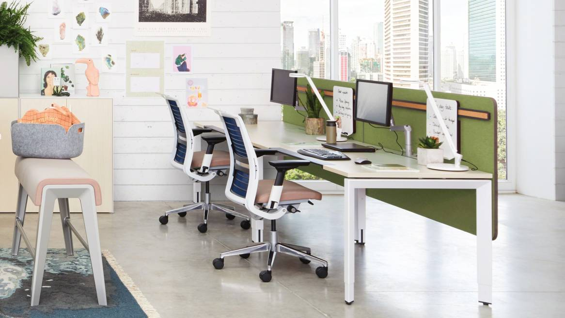 Frameone Desk Amp Office Workstations Steelcase