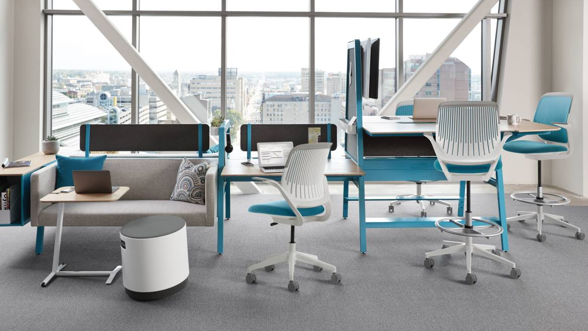 Bivi desk and Cobi chair