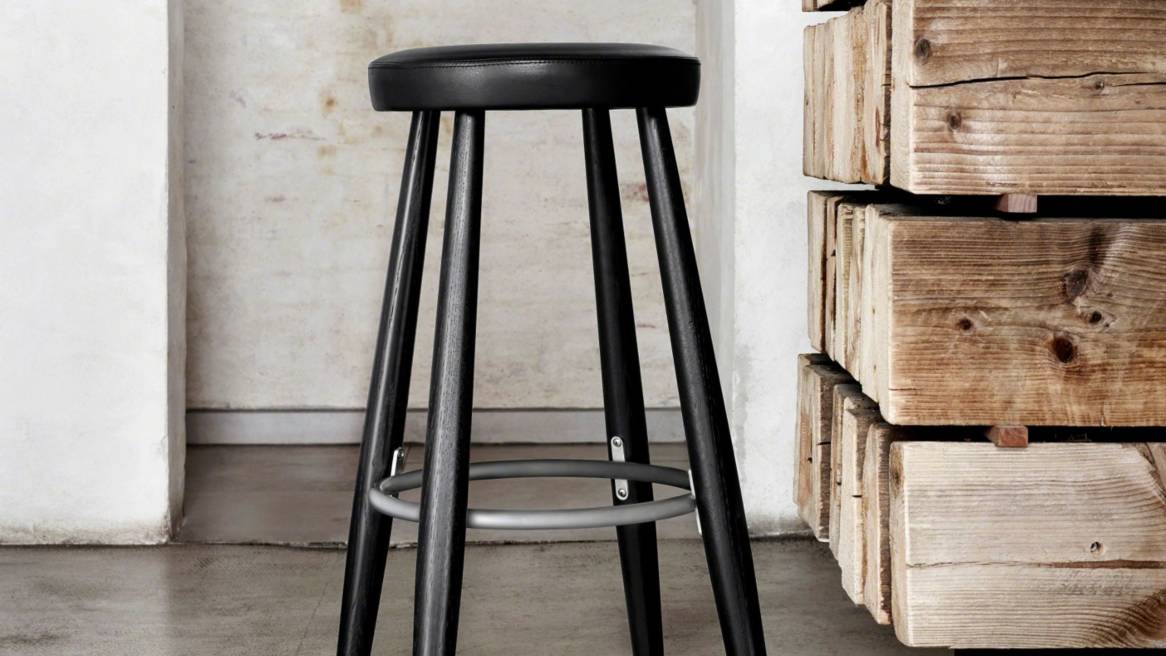 19-0116370-Carl Hansen-CH56-CH58-Stool from Coalesse