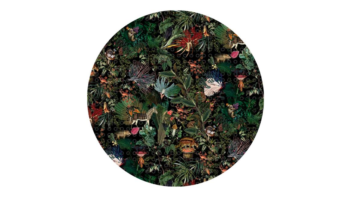 Menagerie Round Moooi Carpets On White
