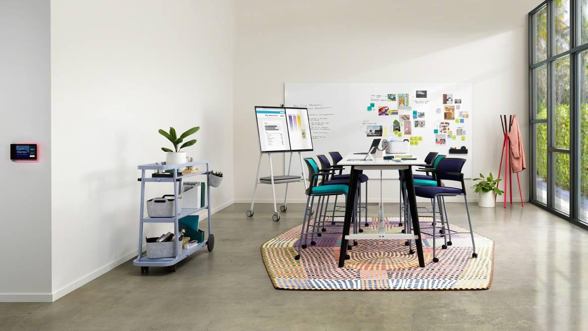 Team Project, Room, Collaboration, Move Stool, Roam