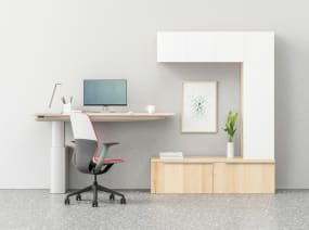 A private office with a Mackinac worksurface paired with a SILQ desk chair