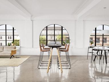 Work environment with Potrero415 Light Table
