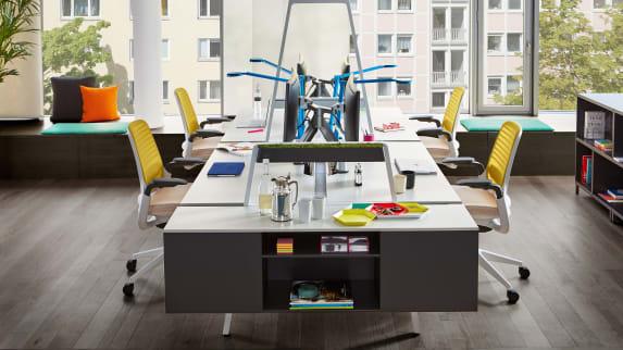 Sièges Steelcase Series 1 et bureaux Bivi