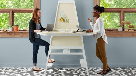 Bivi high table