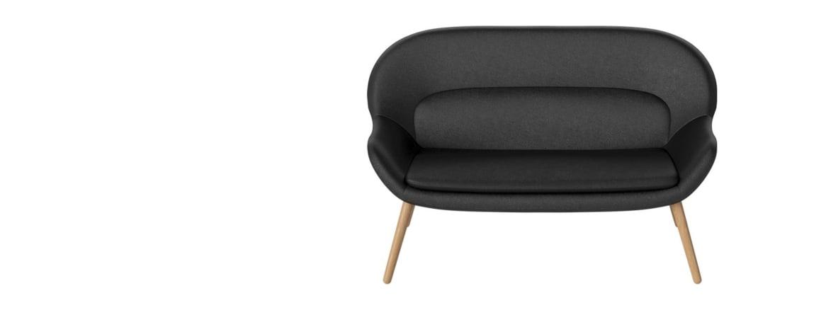 Philippa 2-Sitzer Sofa Auf weißem Hintergrund