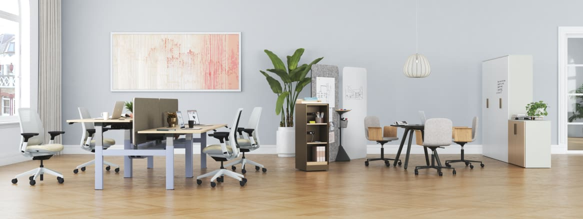 Work environment with Steelcase Series 2, Migration SE, Palm office chair, Potrero415 Light table, Volum Art and Universal Storage