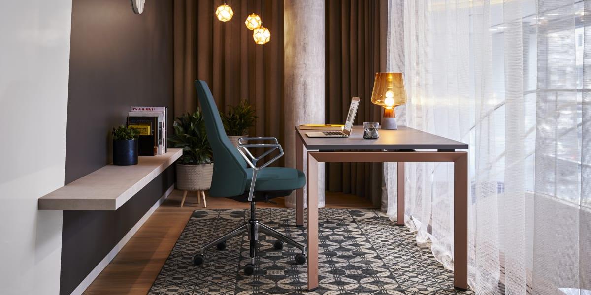 FrameOne Desk & Office Workstations - Steelcase