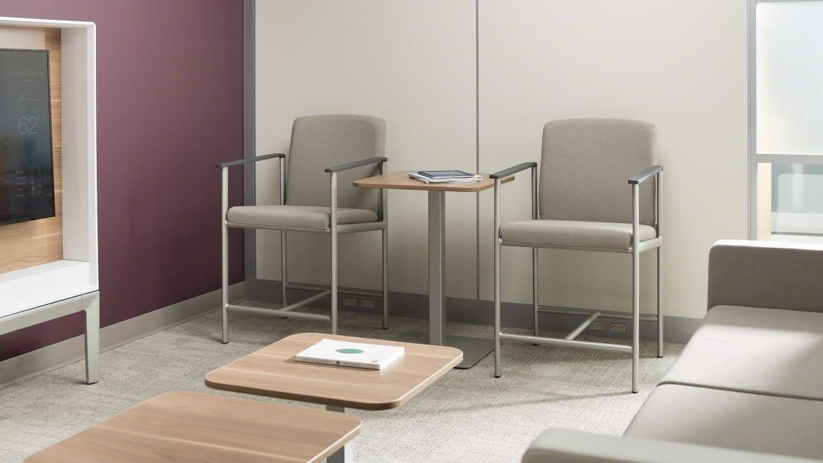 2 Single-Seat Aspekt Guest Chairs Environment