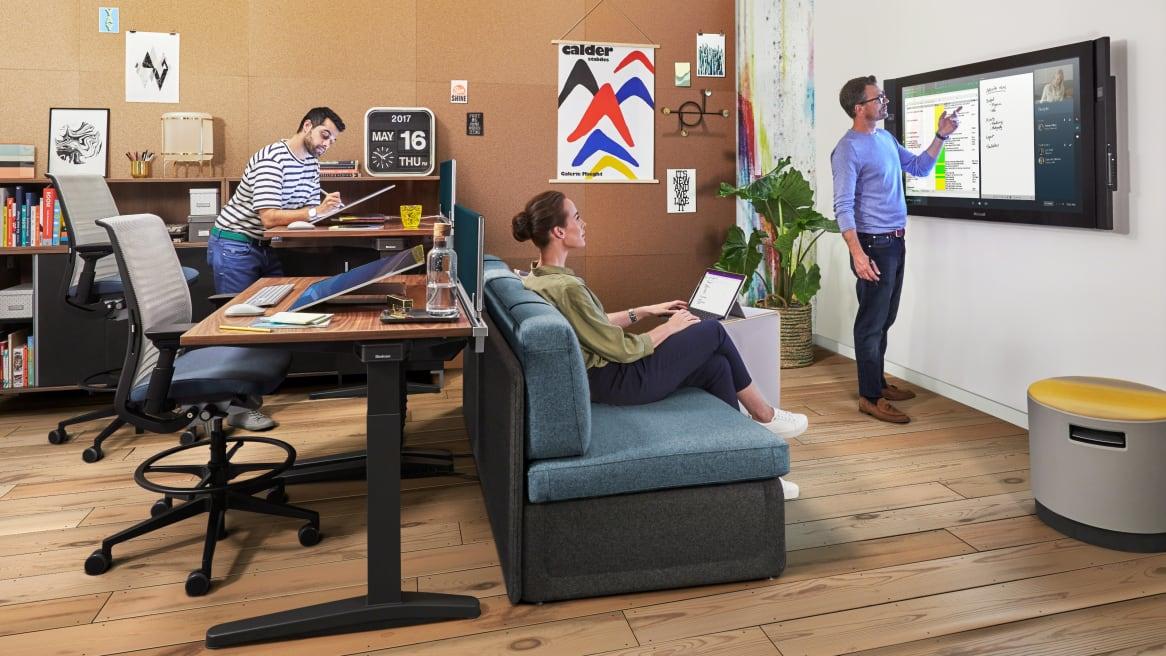 Ology Desk