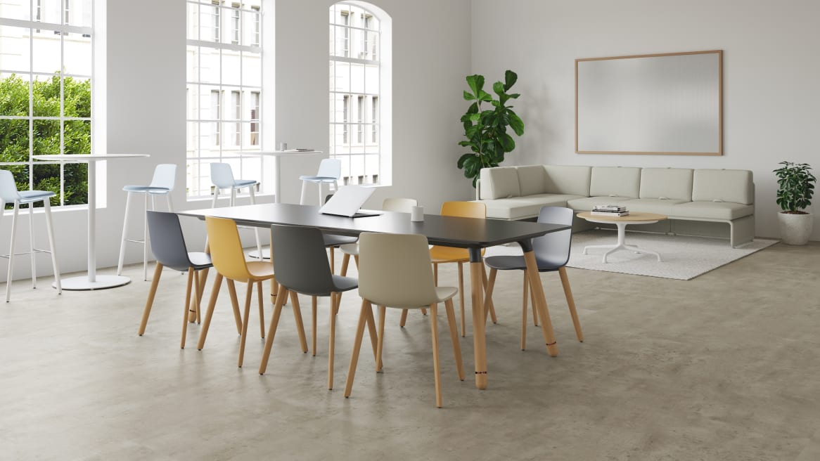 Enea Altzo493 chairs by Coalesse