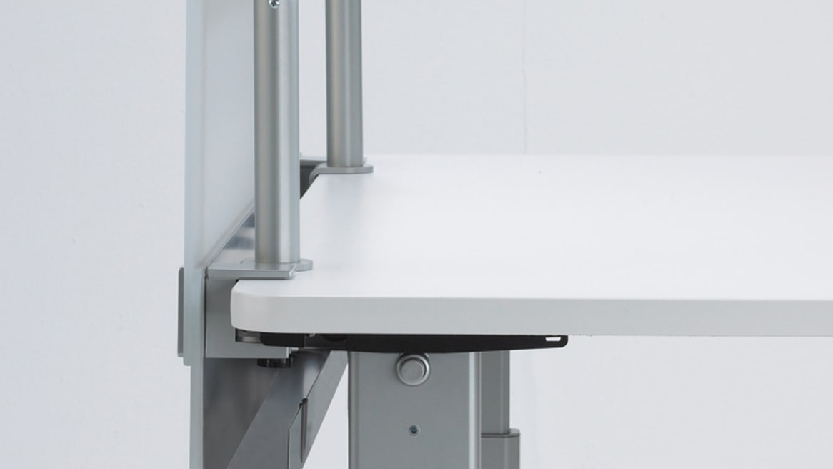 Cableway on a white desk