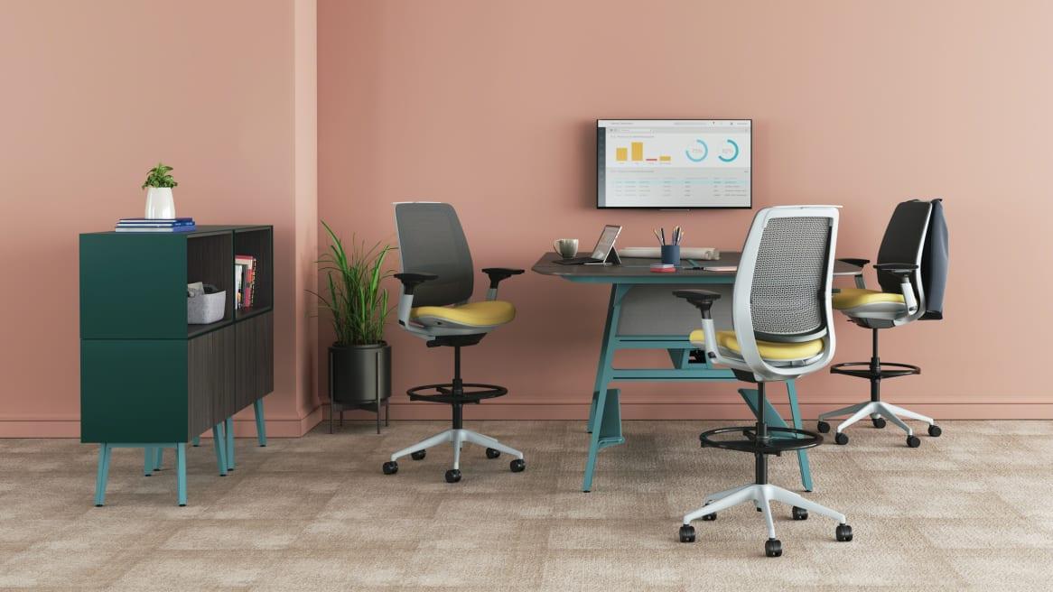 Steelcase Series 2 Meeting Space