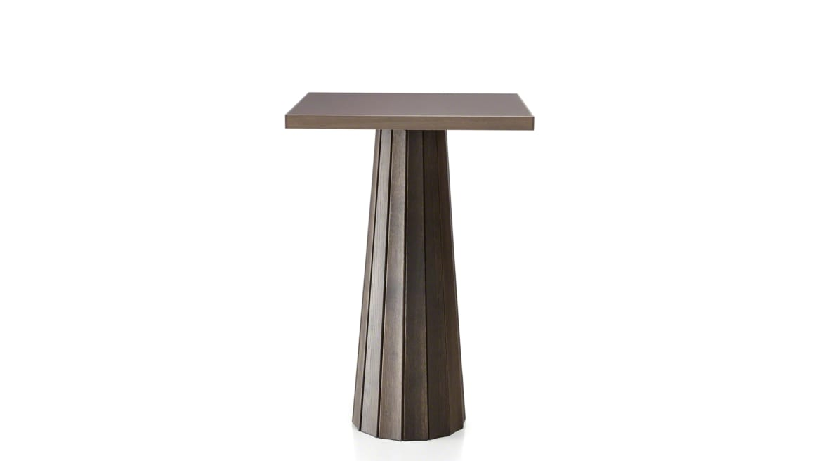 on-white image of a Moooi table with square surface