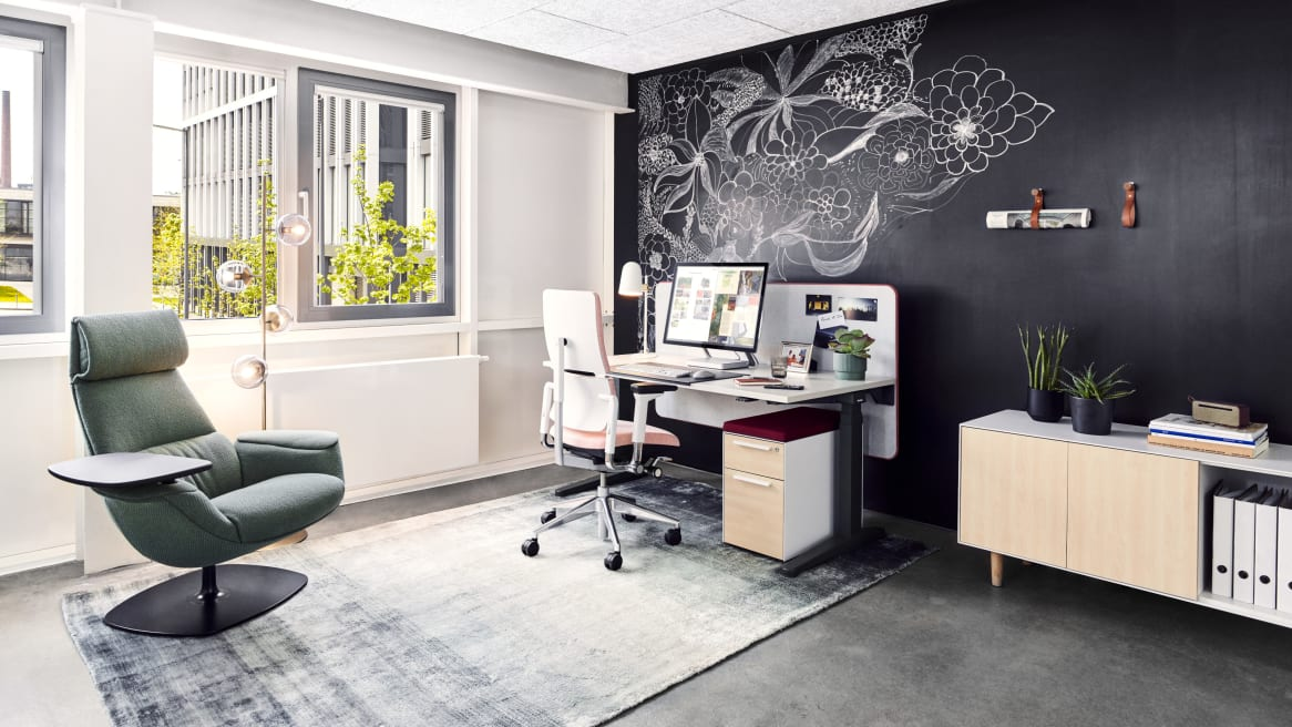 Personal office with Ology Desk and Please chair