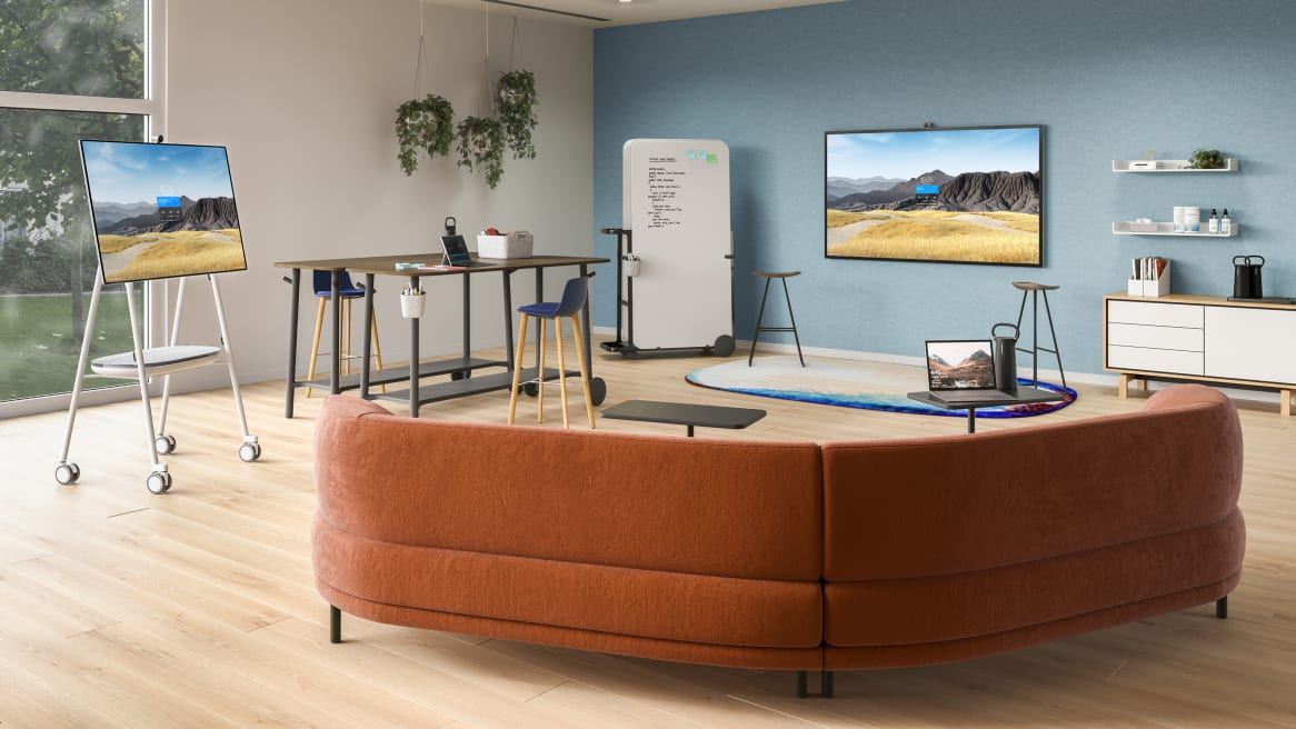 Large big room with Steelcase Roam