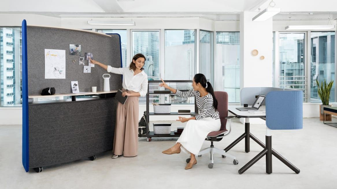 Steelcase Flex Huddle Hub