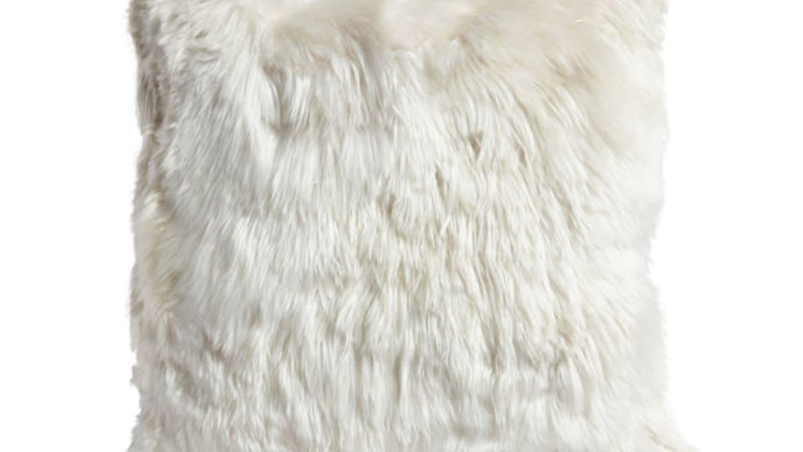Alpaca Pillow - 20