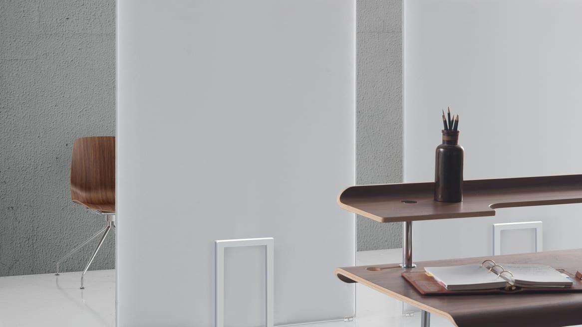 PLI Oversize Stand (includes plastic transparent feet)