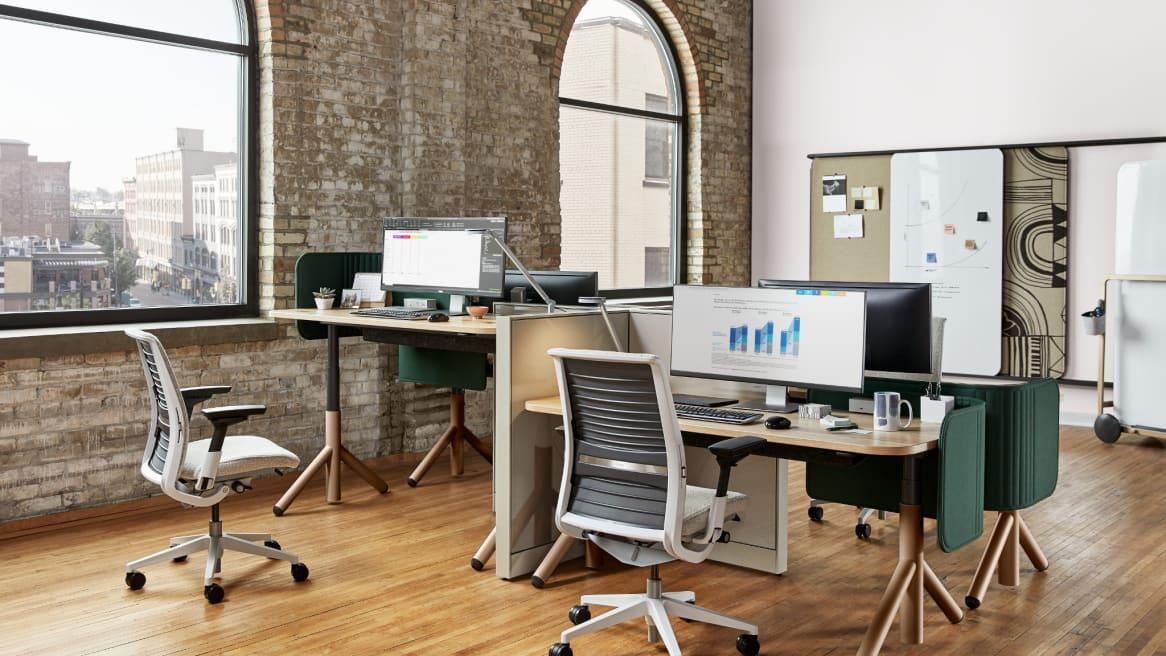 Flex Height-Adjustable Desk - Extended Height