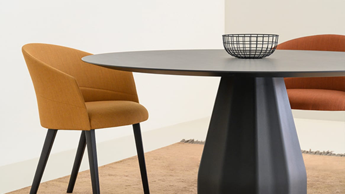 Copa Five Casters Base Chair