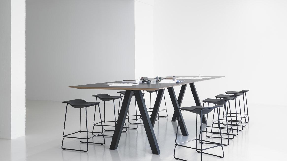 Trestle Simple Table