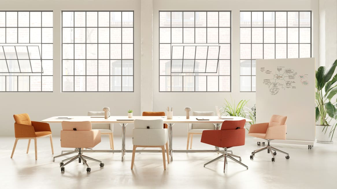 Meeting table with Marien152 Seating