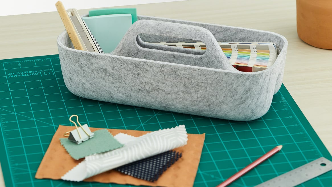 Steelcase Flex Accessories tray close-up