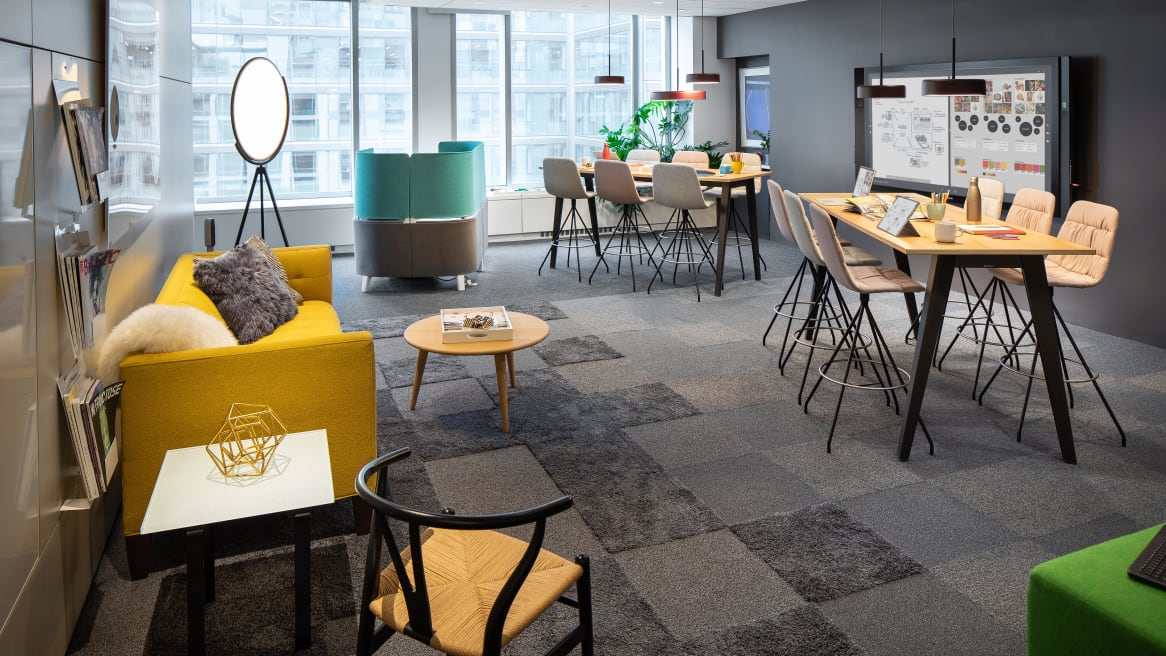 Americas Office, Healthcare, & Education Showrooms - Steelcase